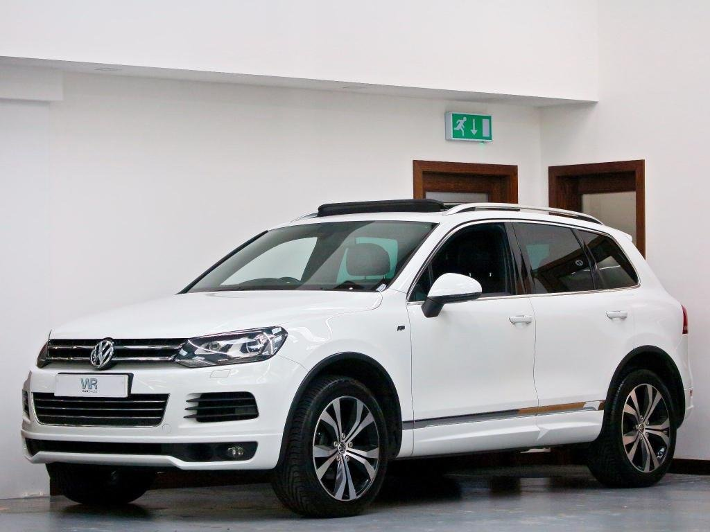 USED 2013 63 VOLKSWAGEN TOUAREG 3.0 TDI V6 R-Line Tiptronic 4x4 (s/s) 5dr PAN ROOF + H/LEATHER + KEYLESS