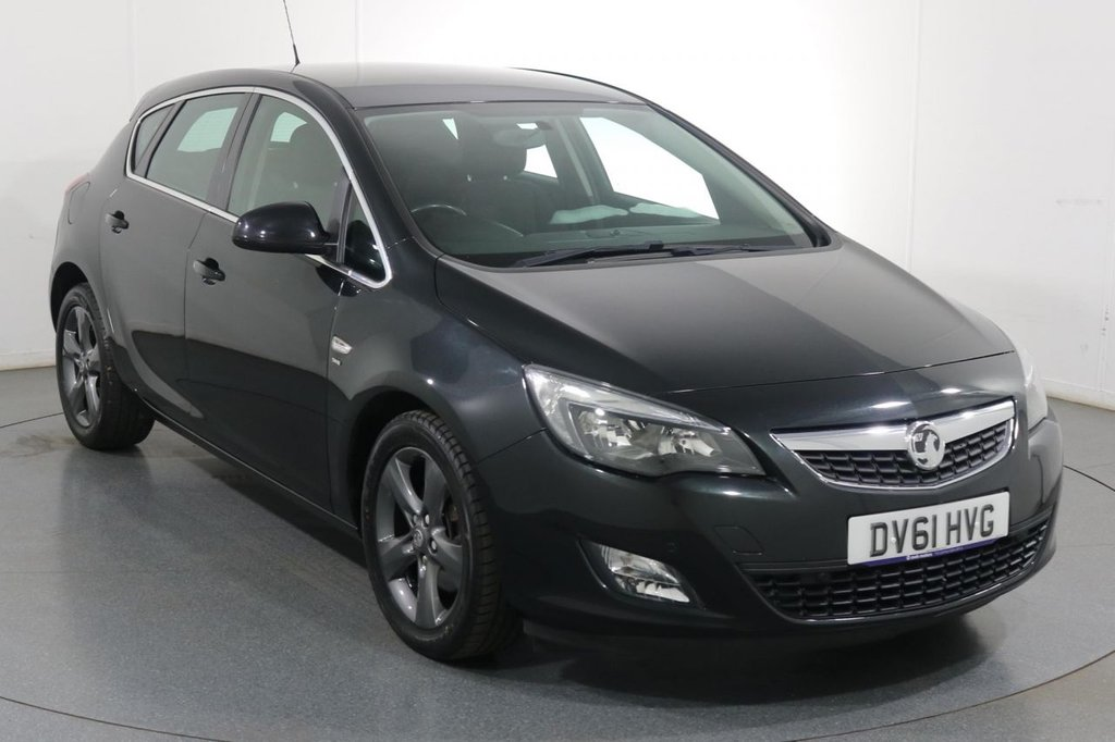 USED 2011 61 VAUXHALL ASTRA 2.0 SRI CDTI S/S 5d 163 BHP £30 TAX I PARKING SENSORS