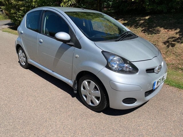 USED 2011 11 TOYOTA AYGO 1.0 VVT-I ICE 5d 68 BHP ** TIMING CHAIN ** £20 ROAD FUND ** MOT ** SERVICE HISTORY ** SUPERB DRIVE **
