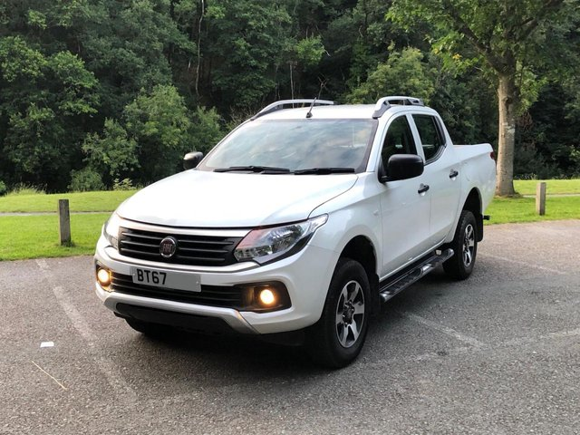 2017 67 FIAT FULLBACK 2.4 SX Double Cab 152 BHP with ac load bed liner lec pack fiat warranty applies