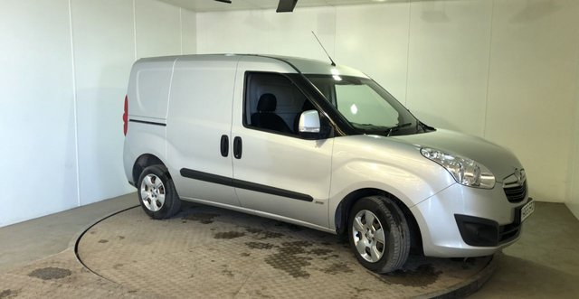 View our VAUXHALL COMBO