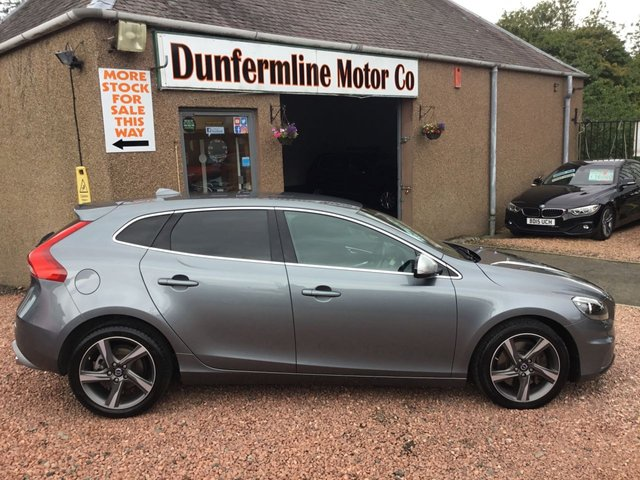 USED 2014 64 VOLVO V40 2.0 D4 R-DESIGN 5d 187 BHP ++VEHICLE NOW RESERVED ++