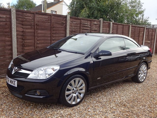 USED 2008 58 VAUXHALL ASTRA 1.8i DESIGN TWIN TOP **LOOK AT THIS CHEAP CONVERTIBLE! LONG MOT, READY TO DRIVE AWAY**