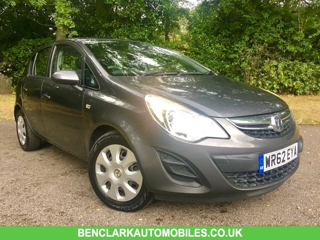 USED 2012 62 VAUXHALL CORSA 1.2 EXCLUSIV AC 5d 83 BHP ONLY 37,500 MILES WITH 1 LADY OWNER SINCE AUGUST 2013 BEAUTIFULLY KEPT CAR WITH FULL 'VAUXHALL MAIN DEALER SERVICE HISTORY AND LAST SERVICED @36,019 MILES,,JUST MOT'D BY US