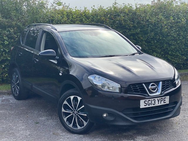 USED 2013 13 NISSAN QASHQAI 1.6 360 5d 117 BHP SATELLITE NAVIGATION, ALLOYS