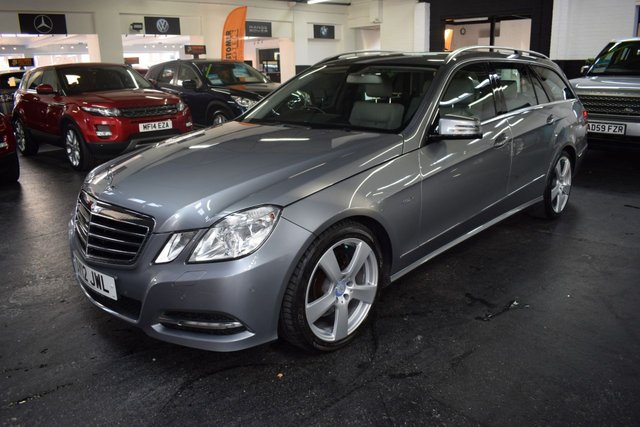 USED 2012 12 MERCEDES-BENZ E-CLASS 2.1 E220 CDI BLUEEFFICIENCY EXECUTIVE SE 5d 170 BHP ESTATE STUNNING CONDITION - DESIGNO PORCELAINE LEATHER - NAV - HEATED SEATS - SAT NAV - POWERBOOT - 18 INCH ALLOY WHEELS