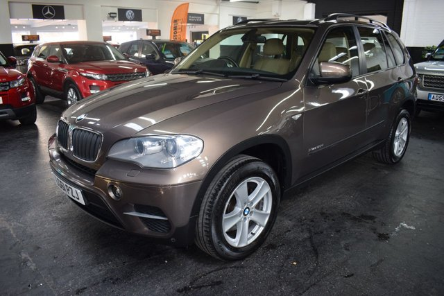 USED 2011 61 BMW X5 3.0 XDRIVE30D SE 5d 241 BHP RARE COLOUR - 9 SERVICE STAMPS TO 82K MILES - NAPPA LEATHER - SAT NAV - HEATED SEATS - MEMORY SEATS