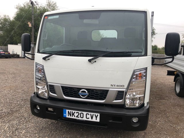 2020 20 NISSAN NT400 CABSTAR 3.0 DCI 35.13 MWB dropside Delivery milage 130 BHP