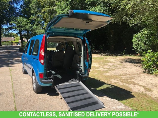 USED 2010 60 RENAULT KANGOO 1.6 EXPRESSION 16V 5d 105 BHP WAV CONVERSION. RAMP/SCOOTER/WHEELCHAIR ACCESS. FOUR SEATS! Free delivery.