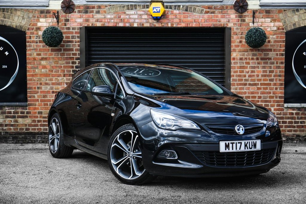 USED 2017 17 VAUXHALL ASTRA 1.6 GTC LIMITED EDITION S/S 3d 197 BHP