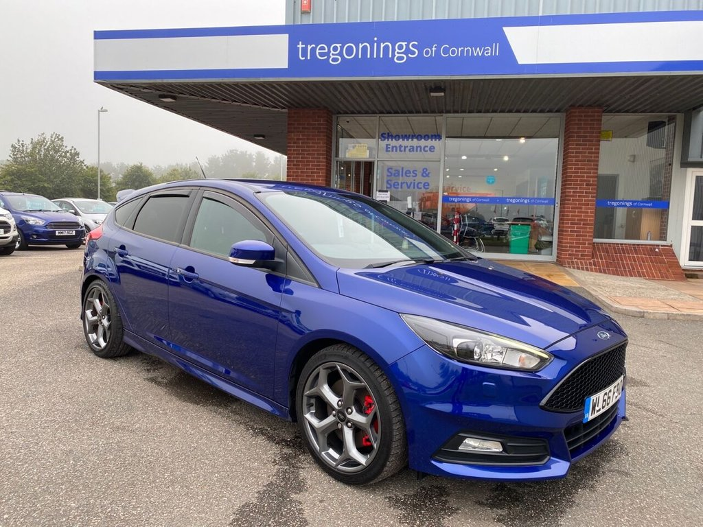 USED 2016 66 FORD FOCUS 2.0L ST-3 5d 247 BHP