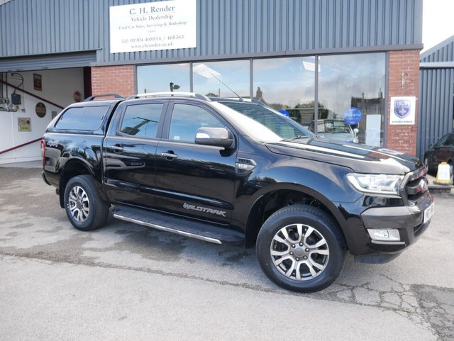 USED 2018 67 FORD RANGER 3.2 WILDTRAK 4X4 DCB TDCI 4d 197 BHP Truckman Canopy, Rear Load Liner, Reversing Camera, 1 Previous Owner