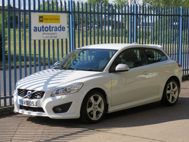 USED 2011 61 VOLVO C30 2.0 R-DESIGN 3d 145 BHP 1 OWNER, VOLVO HISTORY, ULEZ COMPLIANT 1 OWNER, VOLVO SERVICE HISTORY, FULL LEATHER, REAR PARKING SENSORS, CRUISE CONTROL, BLUETOOTH, ULEZ COMPLIANT