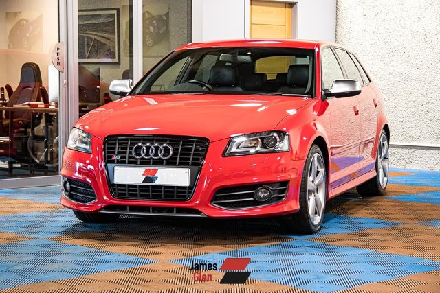 USED 2012 12 AUDI A3 2.0 S3 SPORTBACK TFSI QUATTRO BLACK EDITION 5d 265 BHP Three Owners | 6-Stamp Service History