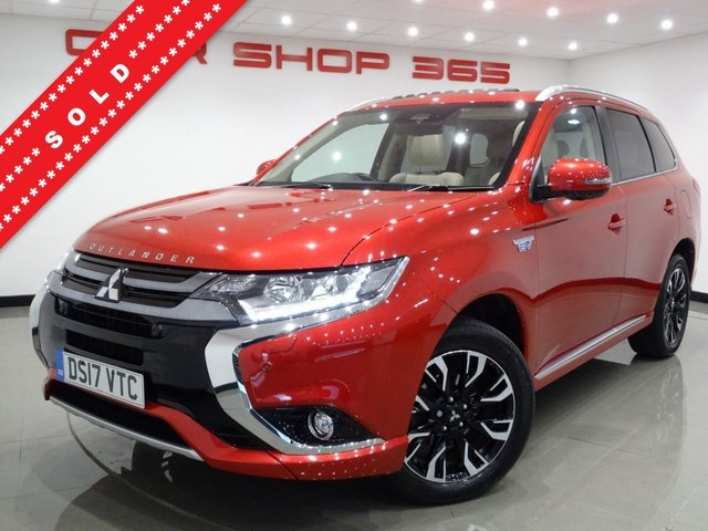USED 2017 17 MITSUBISHI OUTLANDER 2.0 PHEV (200 BHP) GX5HS AUTO 4WD..NAV..E/SUNROOF..HEATED LEATHERS..CRUISE..XENONS..CAMERA..TINTS..E/TAILGATE..TOP MODEL..VERY HIGH SPEC !! S/ROOF+XENON+360 CAM+PARK+LEATHER+NAV+CRUISE+ALPINE