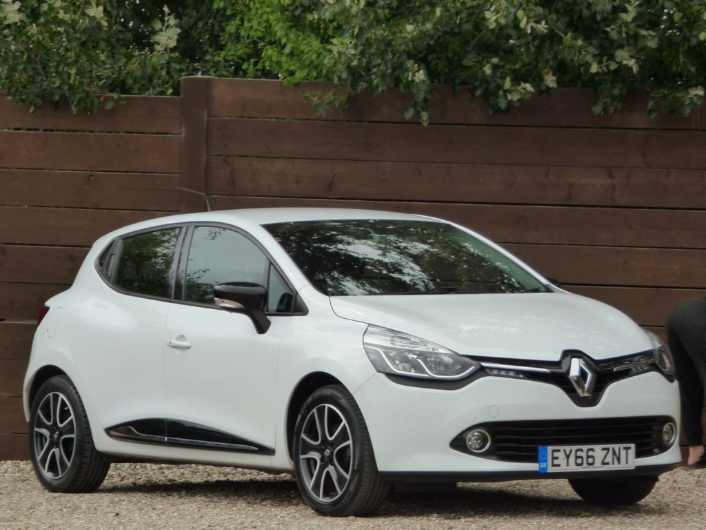 USED 2016 66 RENAULT CLIO 0.9 DYNAMIQUE NAV TCE 5d 89 BHP