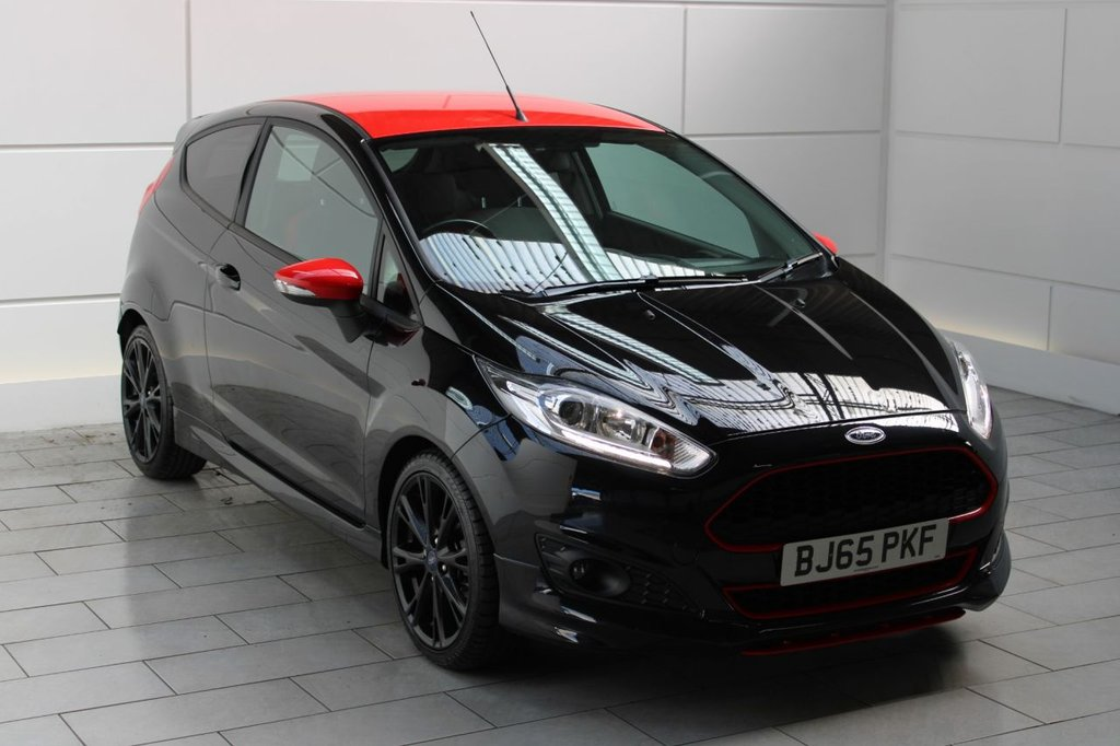 USED 2015 65 FORD FIESTA 1.0 T EcoBoost Zetec S Black Edition (start/stop)[140]