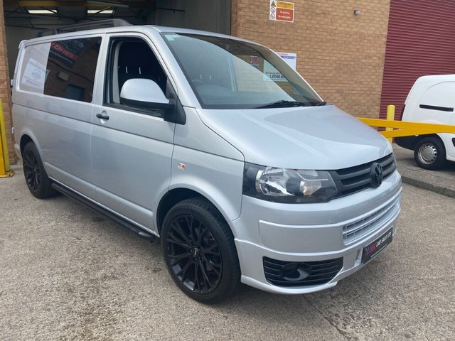 2012 62 VOLKSWAGEN TRANSPORTER 2.0 T30 TDI 140 BHP DSG MODEL LOW MILEAGE FULLY CARPETED AND INSULATED IN THE BACK NO VAT 20 INCH BLACK ALLOYS WITH NEW TYRES TIMING BELT WATER PUMP DONE