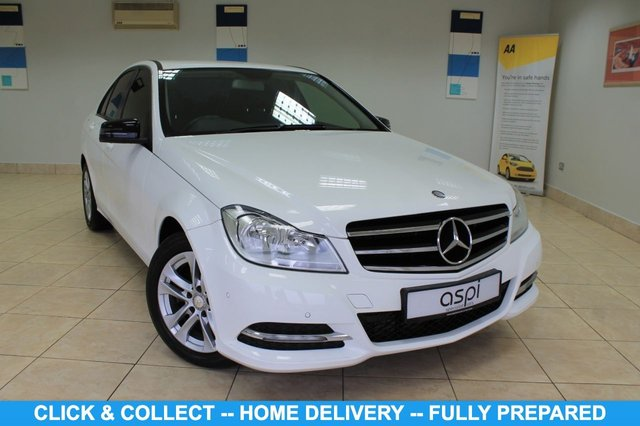 """USED 2012 62 MERCEDES-BENZ C-CLASS 2.1 C220 CDI BLUEEFFICIENCY EXECUTIVE SE 4d 168 BHP BLACK ANTHRACITE LEATHER NAVIBOX PREINSTALLATION, RAIN SENSOR, PARKING GUIDANCE, ELECTRIC FOLDING MIRRORS, HEATED FRONT SEATS, CRUISE CONTROL, MULTI FUNCTION STEERING WHEEL, 19"""" 10 SPOKE ALLOY WHEELS"""