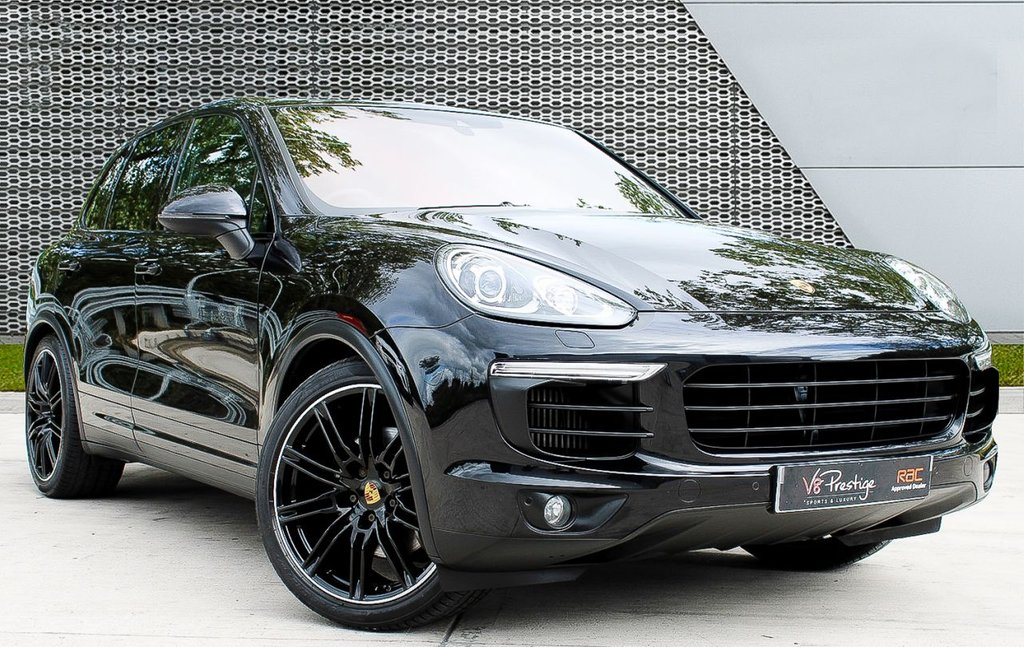 """USED 2015 15 PORSCHE CAYENNE 4.1 D V8 S TIPTRONIC S 5d 385 BHP *AIR-PASM/21"""" ALLOYS/PAN ROOF*"""