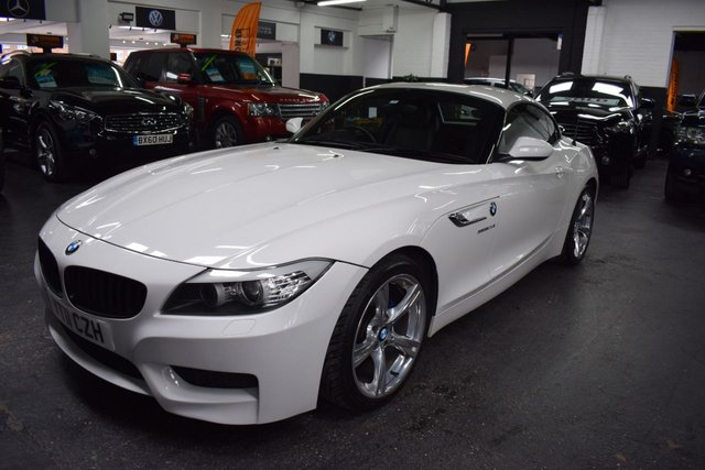 USED 2011 11 BMW Z4 2.5 Z4 SDRIVE23I M SPORT ROADSTER 2d 201 BHP STUNNING CONDITION - M SPORT - 7 STAMPS TO 58K - LEATHER - HEATED SEATS - PRO SOUND - XENON HEADLIGHTS