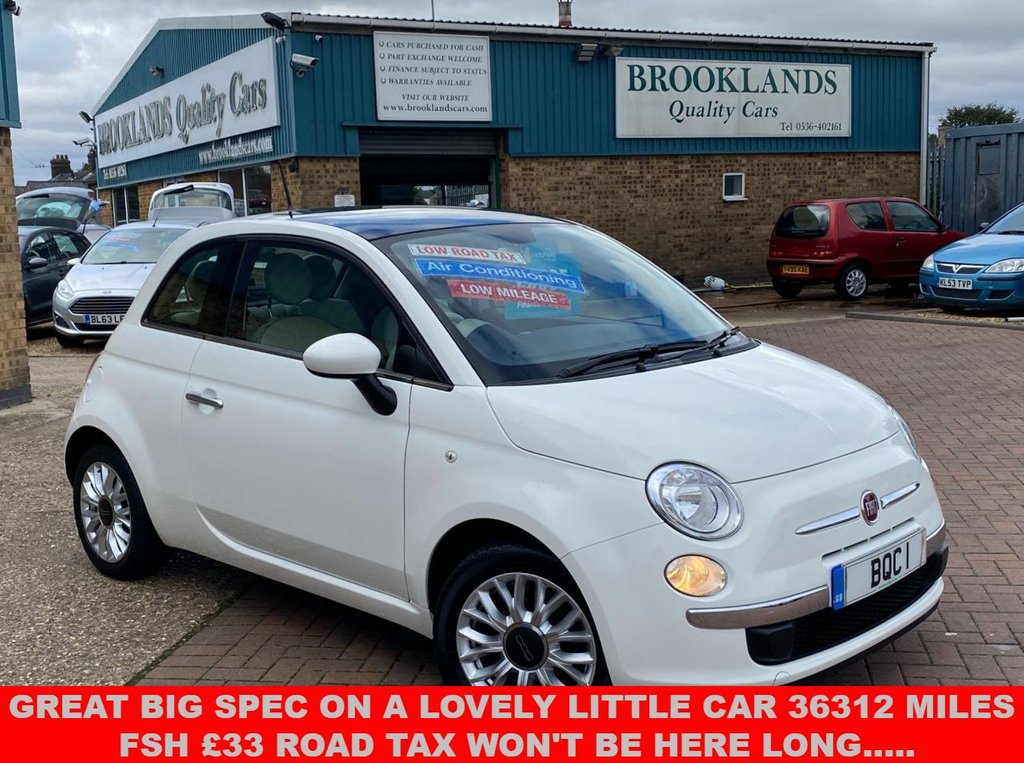 USED 2014 64 FIAT 500 1.2 LOUNGE 3 Door Bossa Nova White Panoramic Sunroof 69 BHP Great Big Spec on a Lovely little car 36312 Miles. Won't be here long.....