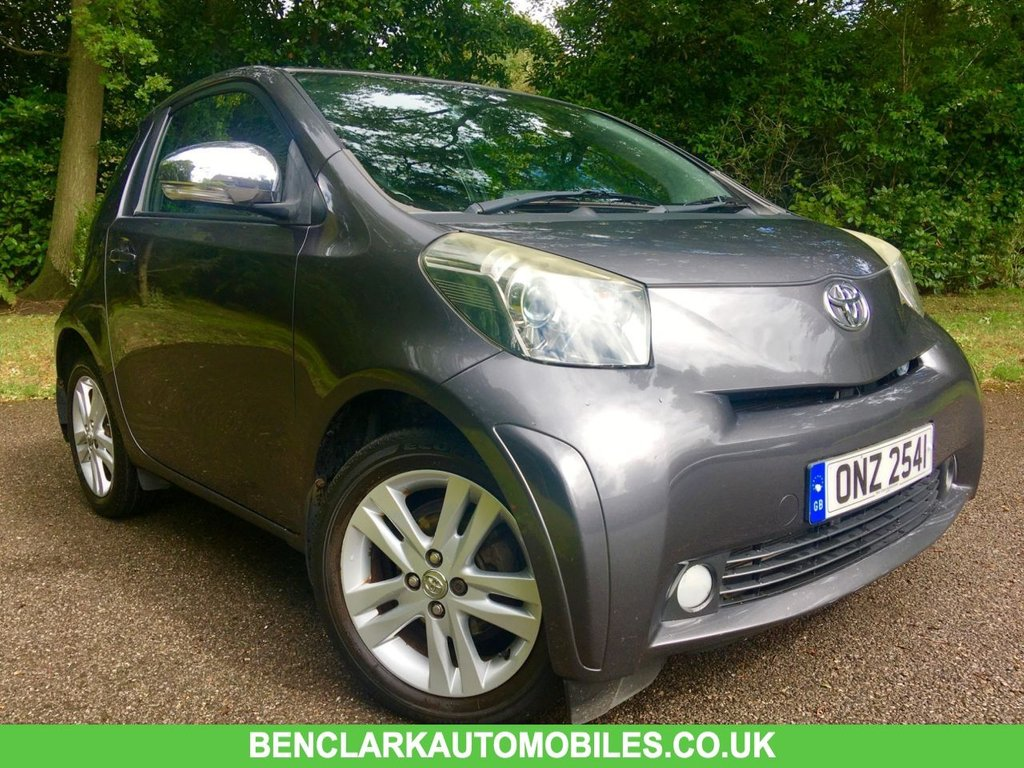 USED 2010 TOYOTA IQ 1.3 VVT-I IQ3 3d 97 BHP ONLY 38850 MILES/FULL SERVICE HISTORY BEAUTIFULLY KEPT INSIDE AND OUT,,,NO ULEZ charge due for this vehicle