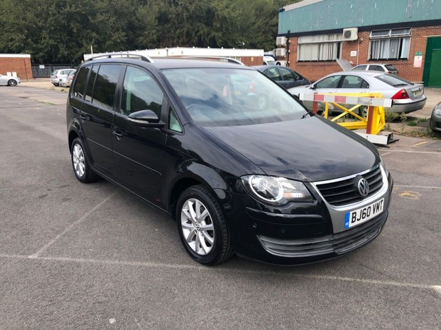 USED 2010 60 VOLKSWAGEN TOURAN 1.9 MATCH TDI 5d 103 BHP