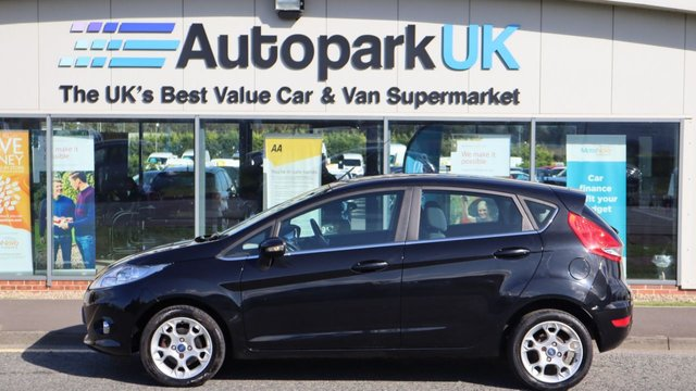 USED 2011 61 FORD FIESTA 1.2 ZETEC 5d 81 BHP LOW DEPOSIT OR NO DEPOSIT FINANCE AVAILABLE . COMES USABILITY INSPECTED WITH 30 DAYS USABILITY WARRANTY + LOW COST 12 MONTHS ESSENTIALS WARRANTY AVAILABLE FOR ONLY £199 .  WE'RE ALWAYS DRIVING DOWN PRICES .