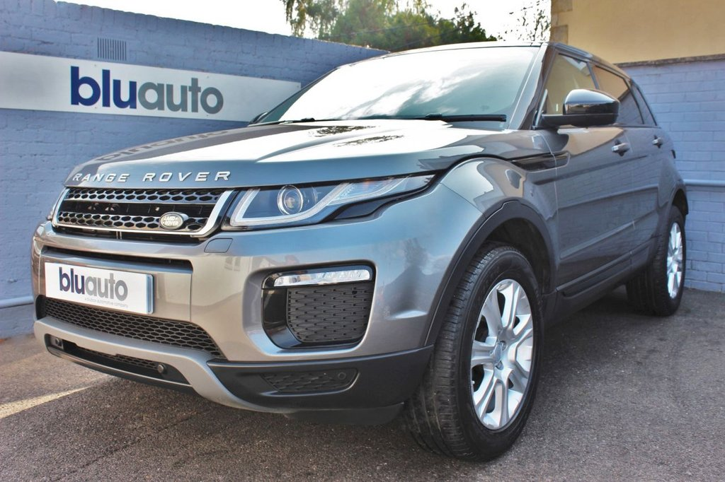 USED 2017 17 LAND ROVER RANGE ROVER EVOQUE 2.0 TD4 SE TECH 5d 177 BHP Land Rover History, Leather Electric Heated Seats, 4-Way Lumbar Support, Satellite Navigation, 360 Sensors