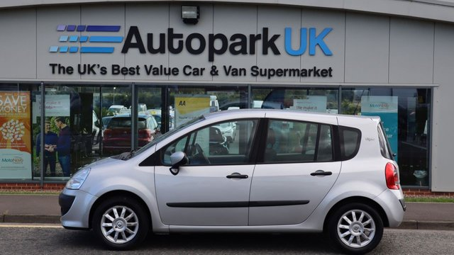 USED 2010 10 RENAULT GRAND MODUS 1.1 I-MUSIC 16V 5d 75 BHP LOW DEPOSIT NO CREDIT CHECKS SHORTFALL FINANCE AVAILABLE ON THIS VEHICLE (ASK FOR DETAILS) . COMES USABILITY INSPECTED WITH 30 DAYS USABILITY WARRANTY + LOW COST 12 MONTHS ESSENTIALS WARRANTY AVAILABLE FOR ONLY £199 .MAKING MOTORING MORE AFFORDABLE. . .