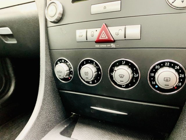 USED 2008 08 MERCEDES-BENZ SLK 3.0 SLK280 2d 231 BHP GOOD SERVICE HISTORY, 9 STAMPS, LAST OCTOBER 2020 - 12 MONTH MOT - ROOF WORKS WELL - ONLY 58,000 MILES - 3 MONTH WARRANTY