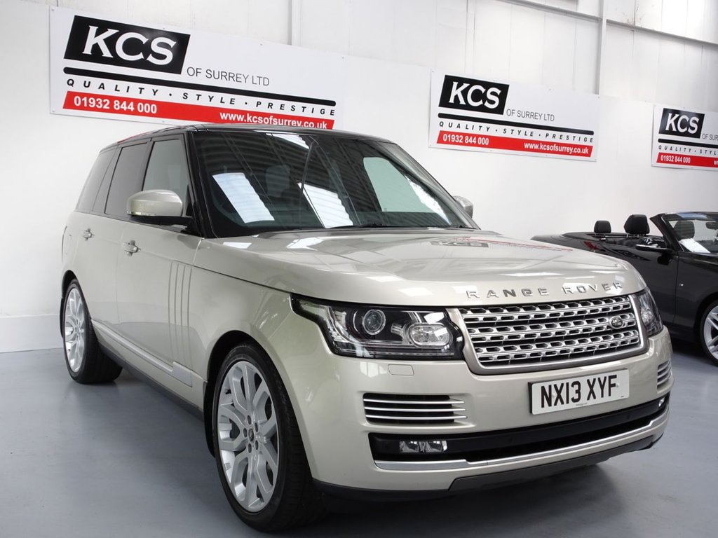 "USED 2013 B LAND ROVER RANGE ROVER 4.4 SDV8 VOGUE SE 5d 339 BHP SAT NAV-PAN ROOF-22"" ALLOYS"