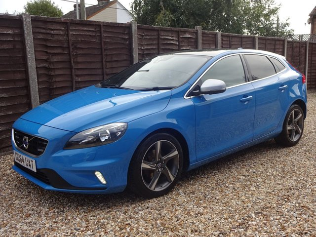 USED 2014 64 VOLVO V40 1.6 D2 R-DESIGN 5 DOOR  **YES ONLY 46,000 MILES FROM NEW, GOOD SPEC**