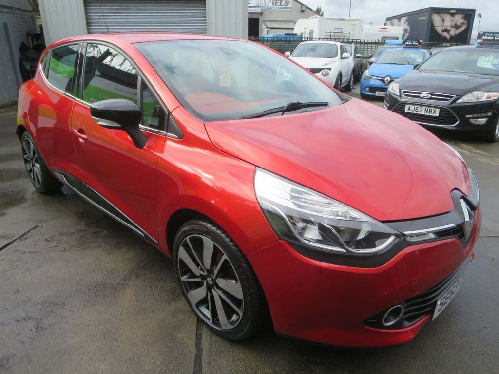 USED 2014 63 RENAULT CLIO 0.9 DYNAMIQUE S MEDIANAV ENERGY TCE S/S 5d 90 BHP 4 STAMP HISTORY + LOW RATE APR