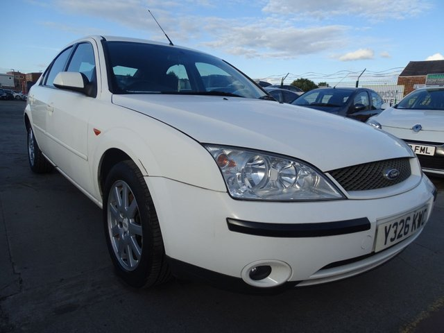 USED 2001 Y FORD MONDEO 2.0 ZETEC 16V 5d 145 BHP AUTOMATIC