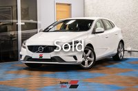 USED 2017 17 VOLVO V40 2.0 D2 R-DESIGN 5d 118 BHP Four Stamp Service History