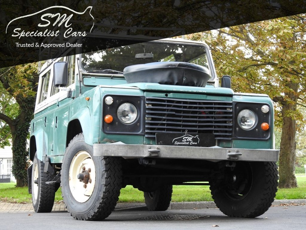 USED 1984 A LAND ROVER DEFENDER 110 LWB  2.3 LEFT HAND DRIVE LHD LEFT HAND DRIVE 12 SEATS VGC