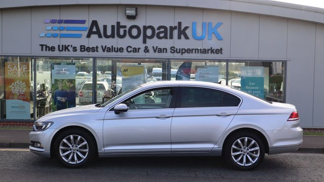 USED 2017 17 VOLKSWAGEN PASSAT 2.0 SE BUSINESS TDI BLUEMOTION TECH DSG 4d 148 BHP LOW DEPOSIT OR NO DEPOSIT FINANCE AVAILABLE . COMES USABILITY INSPECTED WITH 30 DAYS USABILITY WARRANTY + LOW COST 12 MONTHS ESSENTIALS WARRANTY AVAILABLE FOR ONLY £199 .  WE'RE ALWAYS DRIVING DOWN PRICES .