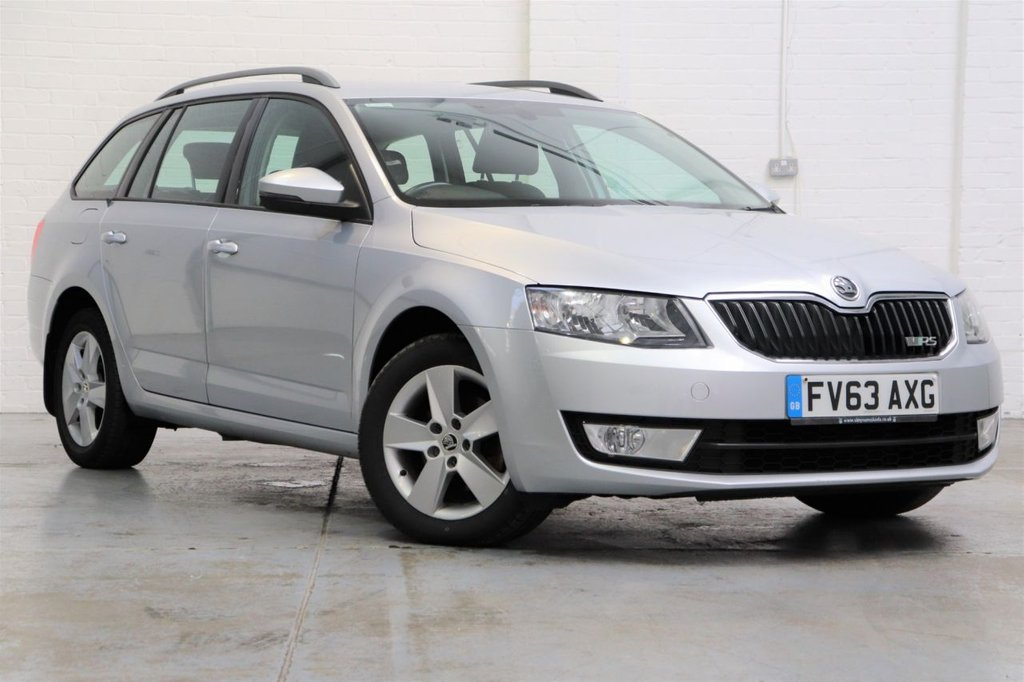 USED 2013 63 SKODA OCTAVIA 1.6 SE TDI CR DSG 5d 104 BHP Cambelt Changed + Long Mot