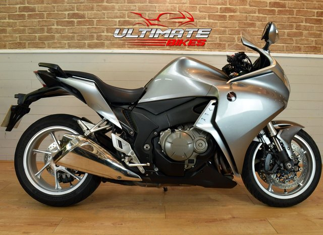 USED 2010 10 HONDA VFR 1200 F-A  - FREE DELIVERY AVAILABLE