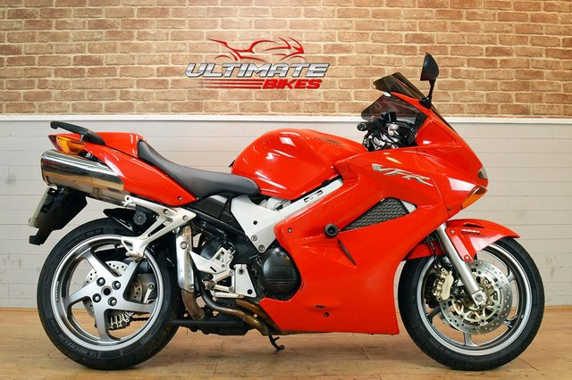 USED 2006 55 HONDA VFR 800 A-5 - FREE NATIONWIDE DELIVERY