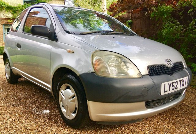 2003 52 TOYOTA YARIS 1.0 S VVT-I 3d 64 BHP ONLY 2 OWNERS/ ONLY 85,000 MILES / PART EXCHANGE TO CLEAR