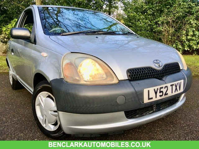 2003 52 TOYOTA YARIS 1.0 S VVT-I 3d 64 BHP ONLY 2 OWNERS/ ONLY 85,950 MILES / PART EXCHANGE TO CLEAR/12 MONTHS MOT JUST DONE