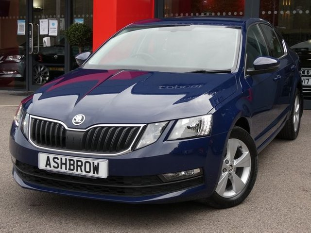 USED 2017 67 SKODA OCTAVIA 2.0 TDI SE TECHNOLOGY 5d 150 S/S 1 OWNER, FULL SERVICE HISTORY, SAT NAV, SMART LINK FOR APPLE CAR PLAY / ANDROID AUTO / MIRROR LINK, DAB RADIO, BLUETOOTH, PARKPILOT FRONT & REAR PARKING SENSORS W/ DISPLAY, AUX & USB INPUTS, ACC ADAPTIVE CRUISE CONTROL W/ FRONT ASSIST, LED DRLS, 16 IN 5 SPOKE ALLOYS, FRONT FOGS,MUD FLAPS,DRIVING MODE SELECTION,LEATHER MULTI FUNCTION STEERING WHEEL,RAIN & LIGHT SENSORS,DUAL ZONE CLIMATE A/C,TYRE PRESSURE MONITORING,ELEC WINDOWS,ELEC HEATED DOOR MIRRORS, WIRELESS LAN (WLAN),2X SD READER,VAT Q.