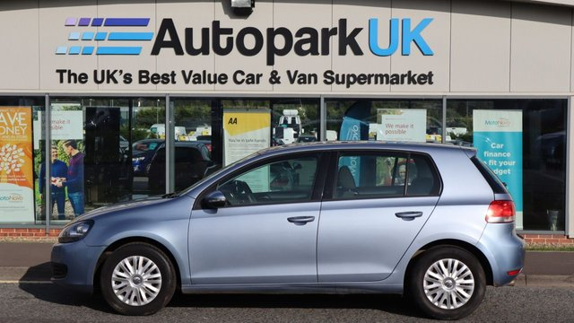 USED 2010 10 VOLKSWAGEN GOLF 1.4 S TSI DSG 5d 121 BHP . LOW DEPOSIT OR NO DEPOSIT FINANCE AVAILABLE . COMES USABILITY INSPECTED WITH 30 DAYS USABILITY WARRANTY + LOW COST 12 MONTHS USABILITY WARRANTY AVAILABLE FOR ONLY £199 (DETAILS ON REQUEST). ALWAYS DRIVING DOWN PRICES . BUY WITH CONFIDENCE . OVER 1000 GENUINE GREAT REVIEWS OVER ALL PLATFORMS FROM GOOD HONEST CUSTOMERS YOU CAN TRUST .