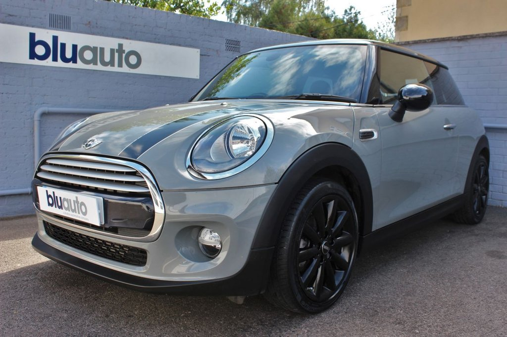 USED 2015 15 MINI HATCH COOPER 1.5 COOPER 3d 134 BHP 1 Owner, Mini Servicing, Huge Specification
