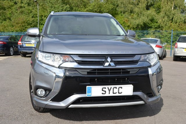 USED 2017 17 MITSUBISHI OUTLANDER 2.0 PHEV KOTU 5d 200 BHP LEATHER/ALCANTARA SEATS ~ SAT NAV ~ MEDIA ~ 2 KEYS