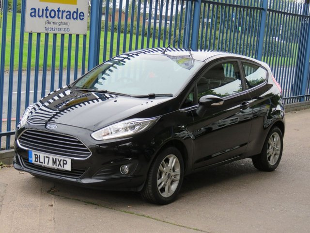 USED 2017 17 FORD FIESTA 1.2 ZETEC 3dr 81 Bluetooth & audio Air con DAB Alloys 1 Owner-Heated Windscreen-A/C-DAB-Alloys-Bluetooth & audio
