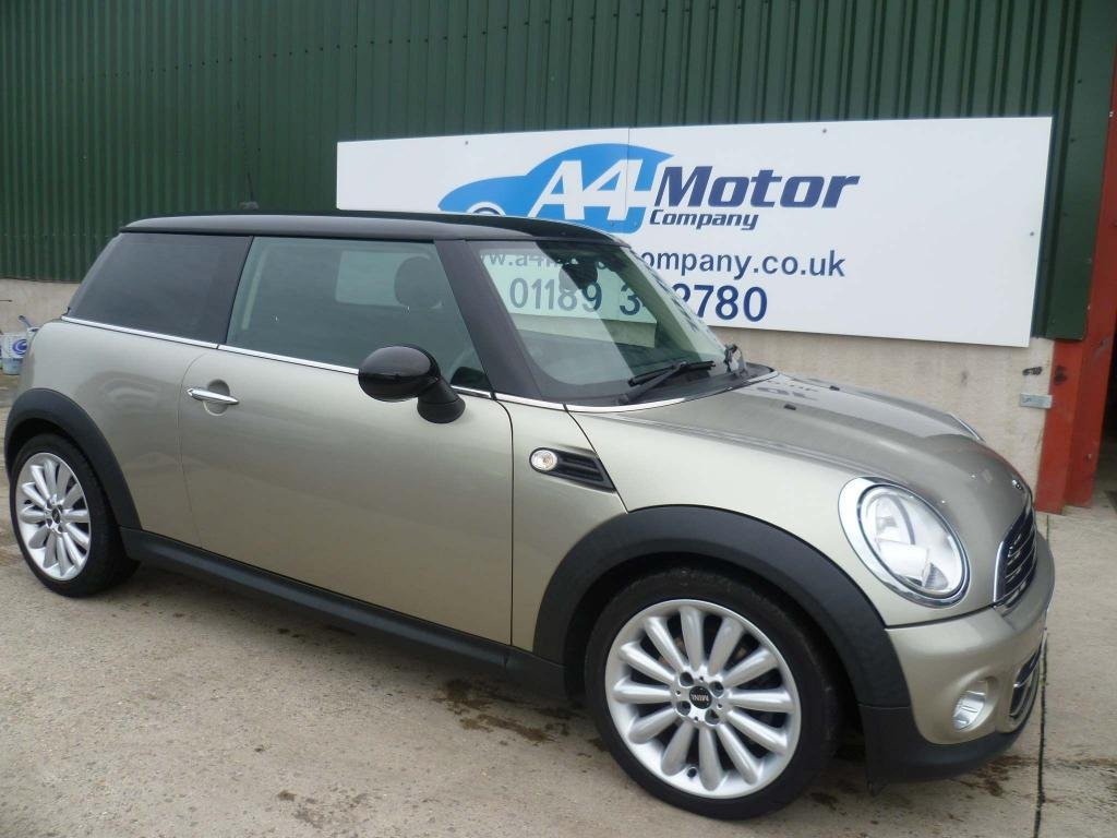 USED 2011 60 MINI HATCH 1.6 Cooper 3dr AUTOMATIC, LOW MILEAGE,12M MOT